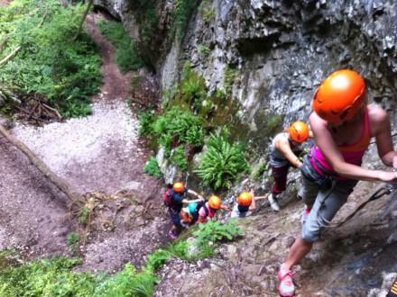 garda survival experience river trekking soft air survival escursionismo gae canyoning trekking hiking escursione escursionismo via ferrata